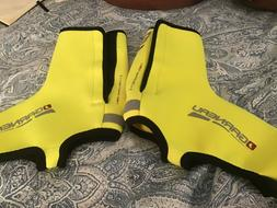 LG Louis Garneau Yellow cycling bike shoe covers